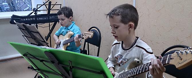 Эстрадно-джазовая гитара: выбор инструмента для обучения