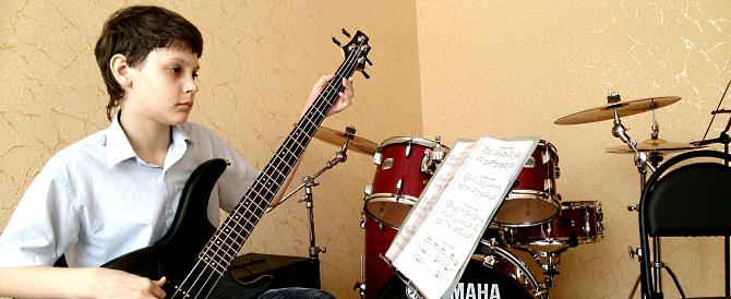 Учебное пособие «Бас-гитара в эстрадно-джазовом ансамбле»  для 1-2 годов обучения